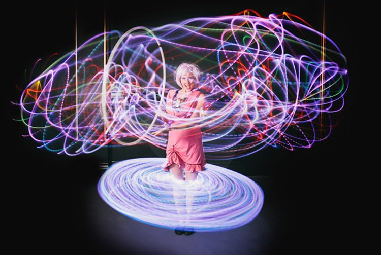 Hula Illumination: Sydney based Light Performers