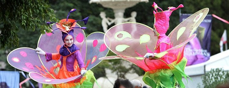the-flowers-stilt-walkers Image